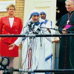 550px-Mother_Teresa_with_Cardinal_Wiliam_Keeler