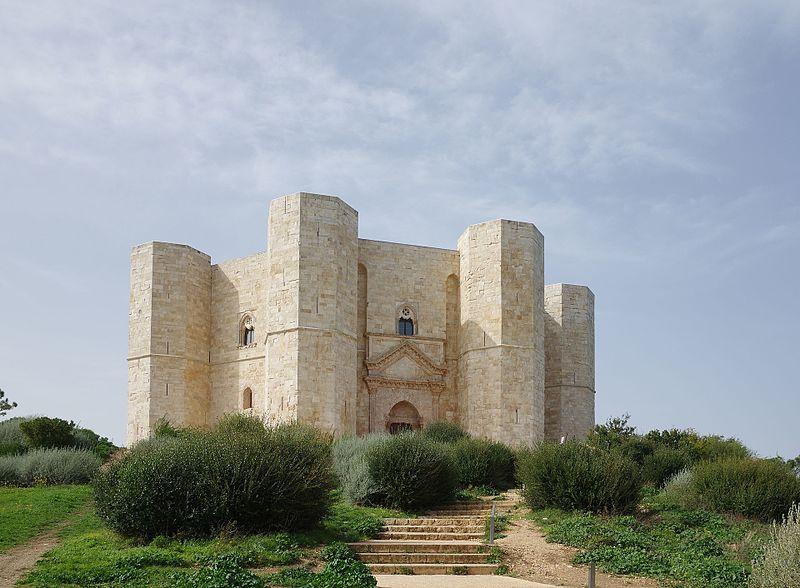 Castelul misterios din Italia al împăratului Frederick al II-lea