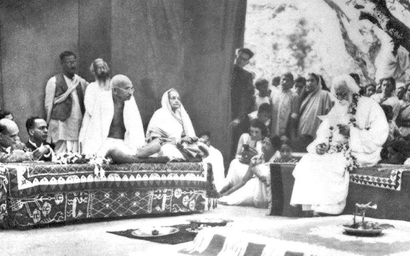 """Mahatma Ghandi despre sensul ezoteric al întrebării """"de ce țipăm?"""""""